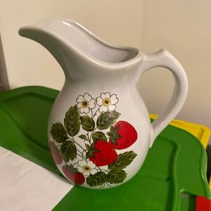 Vintage McCoy Strawberry #7527 pitcher